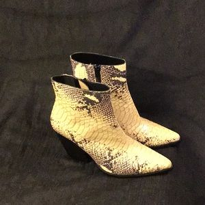 Jeffrey Campbell Snakeskin Ankle Boots size 6.5